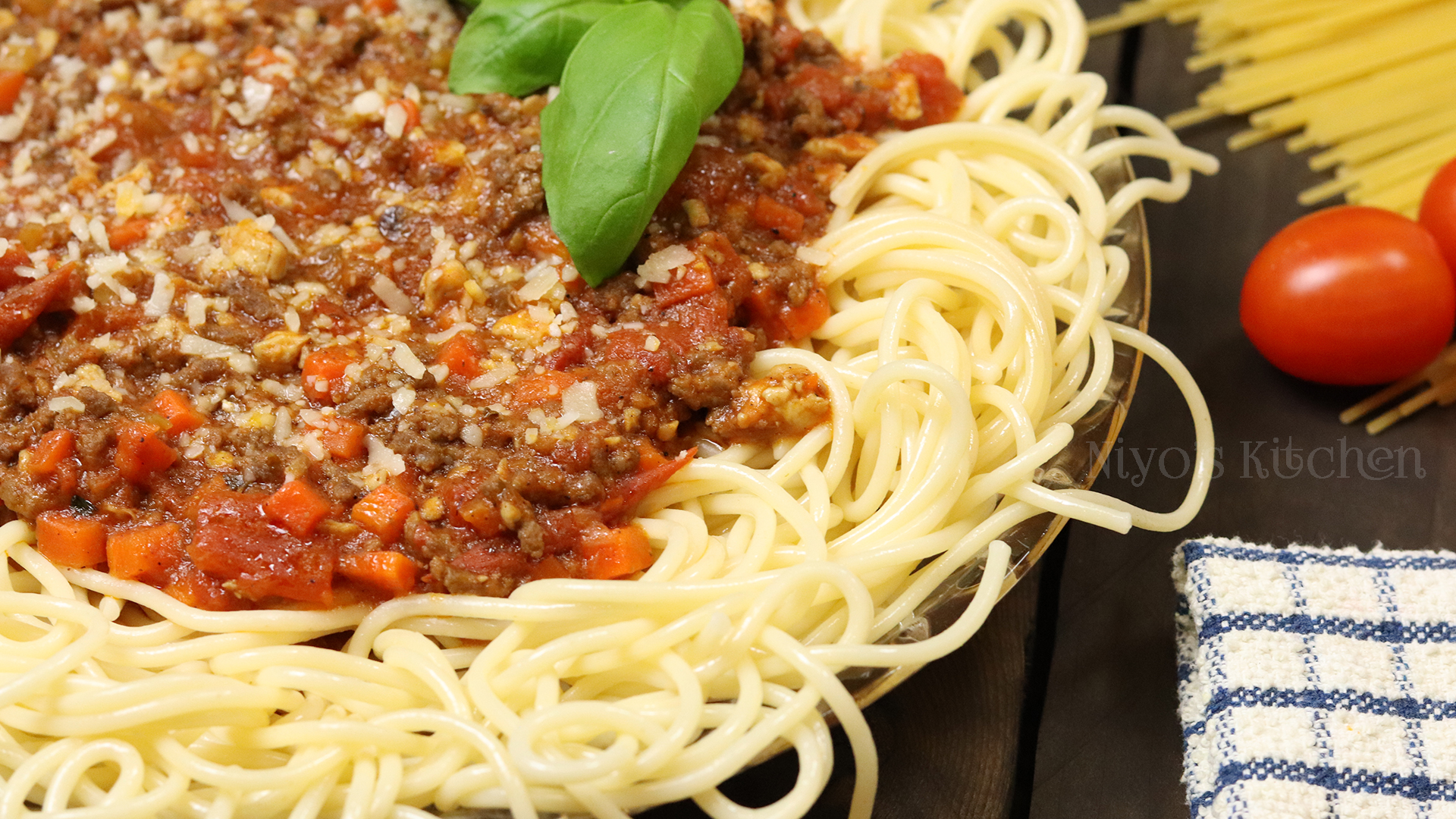 Chicken-and-Beef-Bolognese