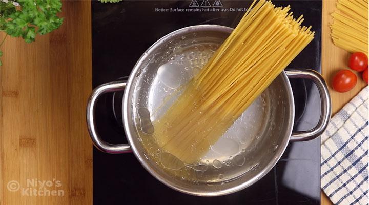 cooking-speghetti