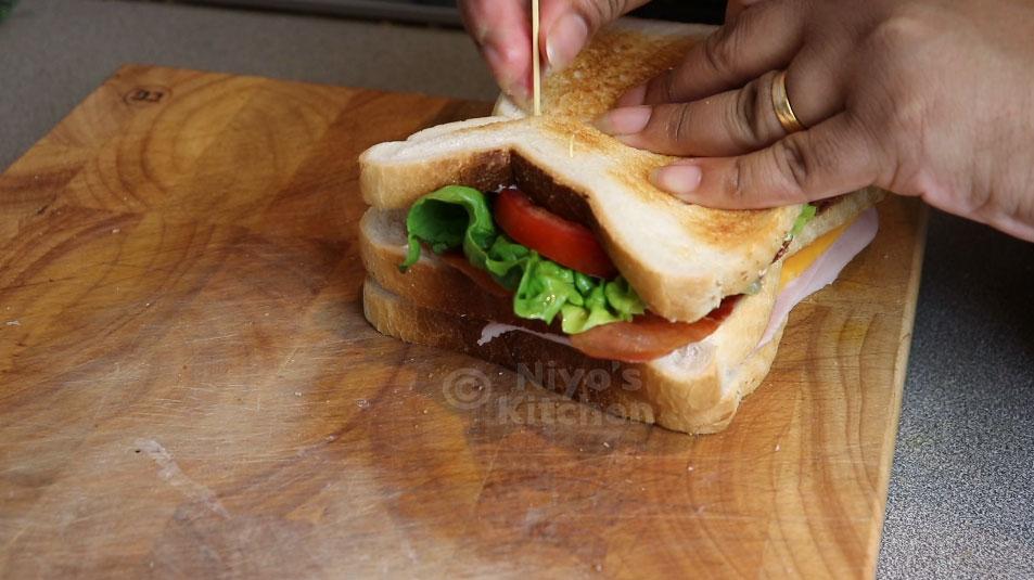 securing-sandwich