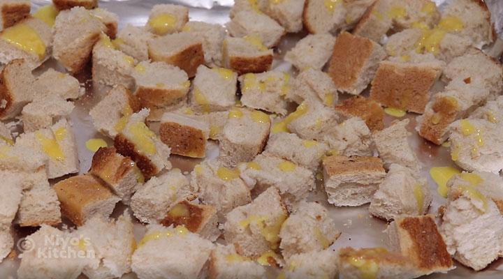 bread for garlic soup
