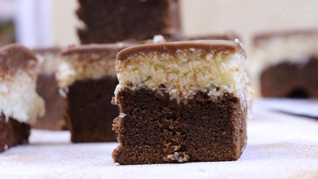 chocolate-coconut-brownies