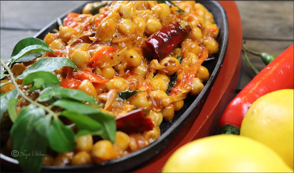 chickpea-curry-with-coconut-milk